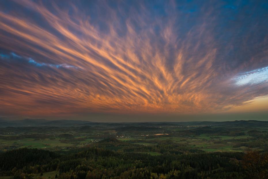 Widok Krzyżnej 0 Sokolik Nikon D7100 AF-S Zoom-Nikkor 17-55mm f/2.8G IF-ED niebo Chmura Natura atmosfera horyzont świt poświata dzień ranek średniogórze