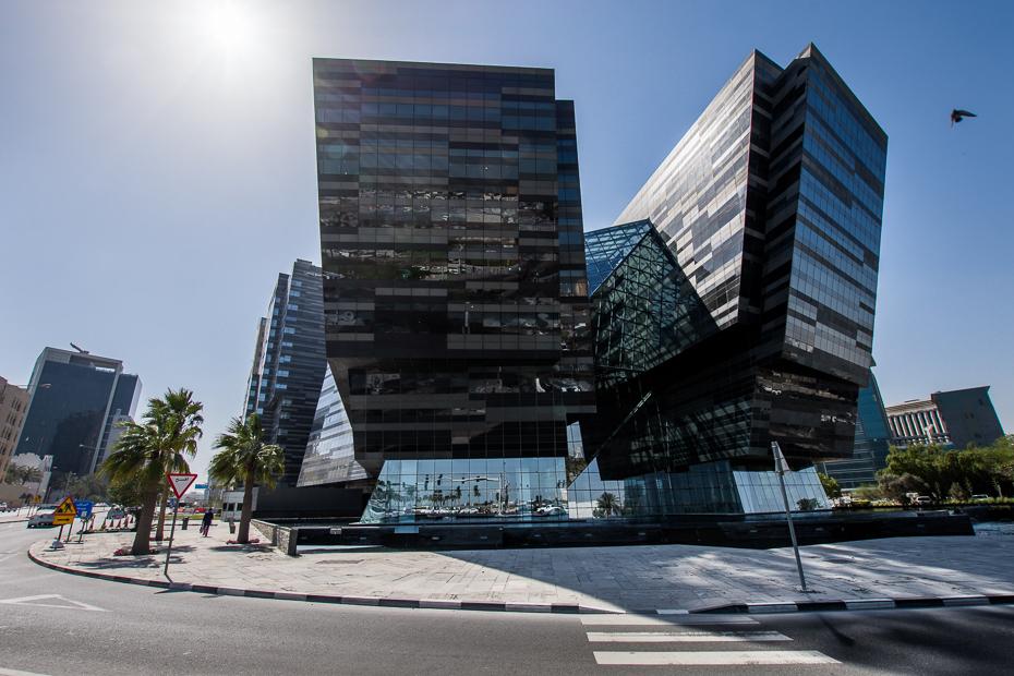 Doha 0 Katar Nikon D7200 Sigma 10-20mm f/3.5 HSM budynek kondominium architektura zastosowań mieszanych obszar miejski wieżowiec obszar Metropolitalny niebo siedziba firmy dzień