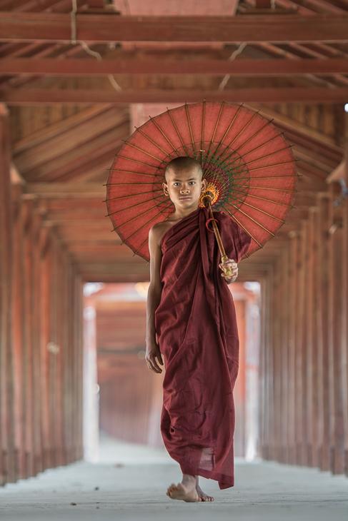 Mnich Ludzie Nikon D7100 AF-S Nikkor 70-200mm f/2.8G 0 Myanmar kobieta dama sukienka świątynia dziewczyna kostium mnich tradycja gejsza