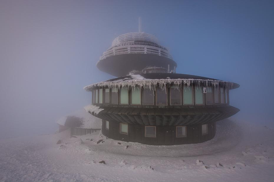 Karkonosze Nikon D7100 Sigma 10-20mm f/4-5.6 HSM śnieg architektura zjawisko niebo zimowy dzień zamrażanie lód