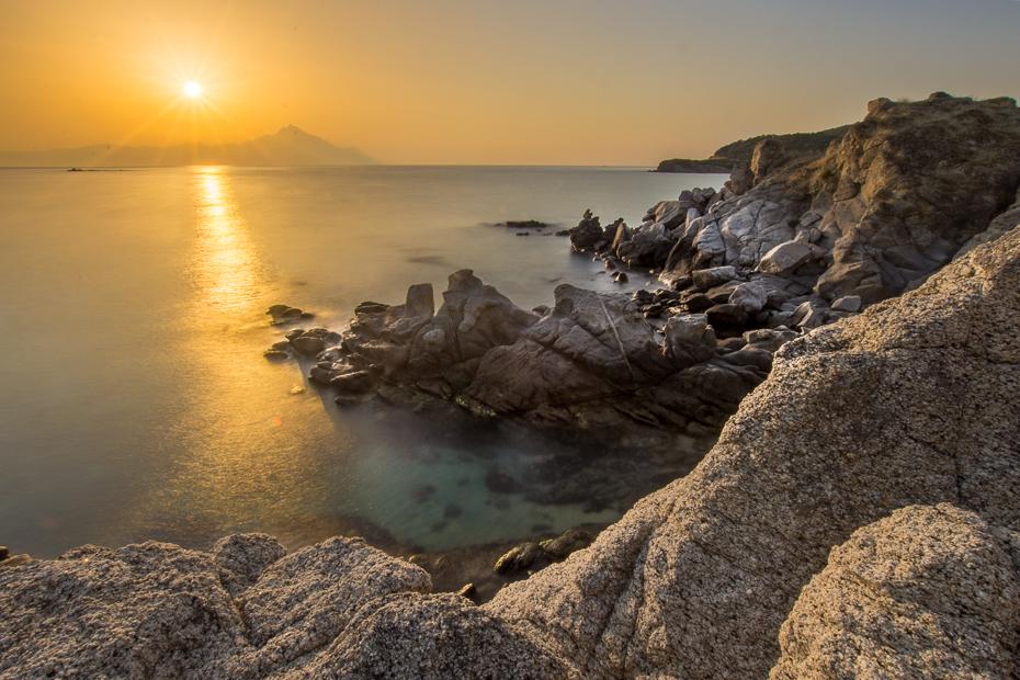 Góra Athos 0 Grecja Nikon D7200 Sigma 10-20mm f/3.5 HSM morze zbiornik wodny Wybrzeże woda odbicie skała niebo horyzont spokojna