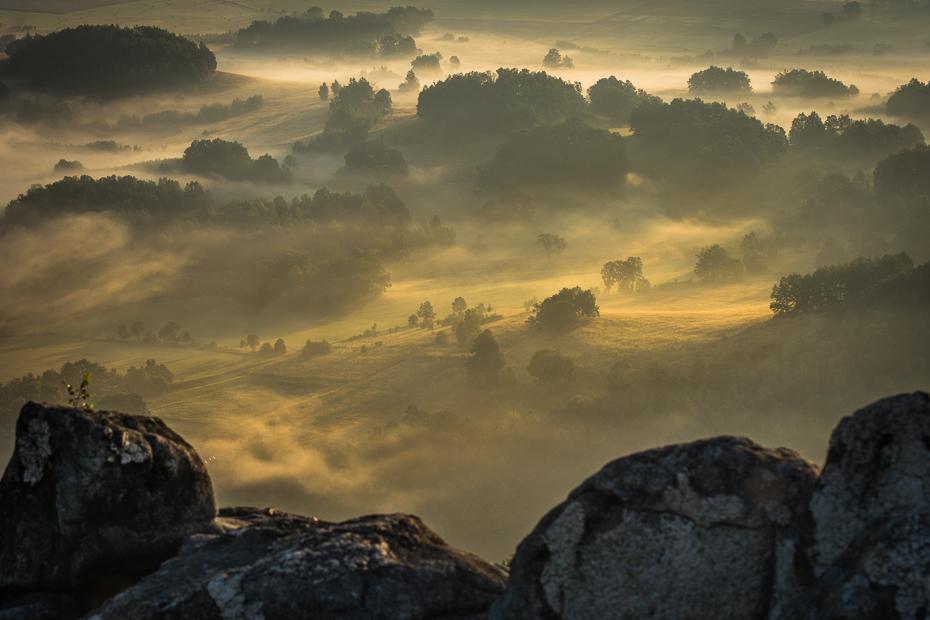 Sokolik 0 Nikon D7200 AF-S Nikkor 70-200mm f/2.8G niebo świt atmosfera ranek skała wschód słońca Chmura zamglenie wieczór krajobraz