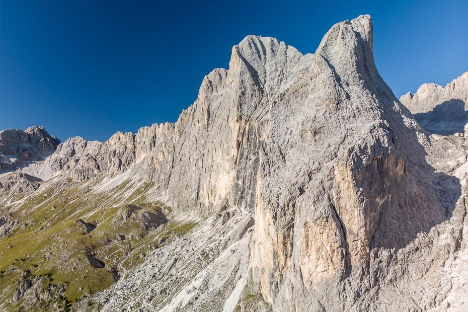Valle del Vajolet 0 Dolomity Mavic Air górzyste formy terenu Góra pasmo górskie niebo grzbiet grań pustynia skała Badlands masyw górski