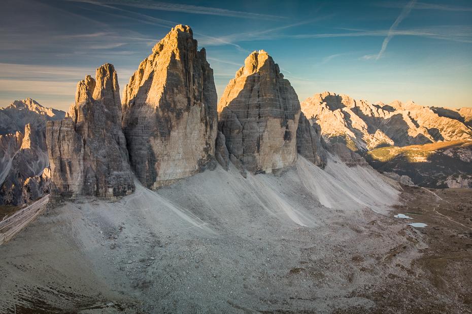 Tre Cime Lavaredo 0 Dolomity Mavic Air Badlands górzyste formy terenu pasmo górskie niebo Góra pustynia skała Alpy tworzenie Park Narodowy