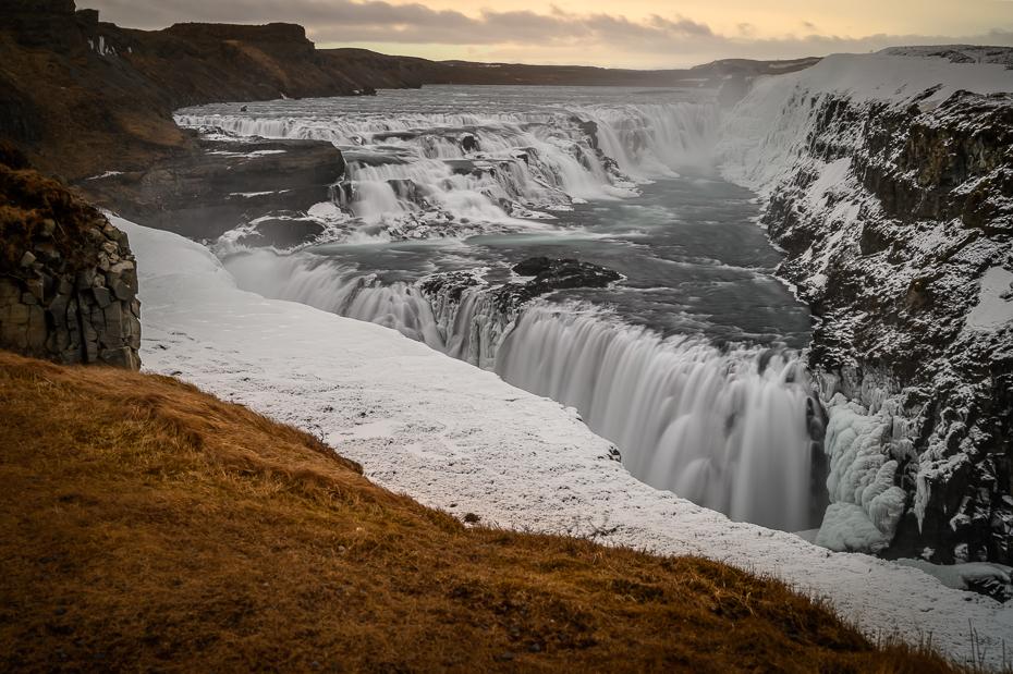 Gullfoss 0 Islandia Nikon Nikkor 24-70mm f/4 wodospad zbiornik wodny Natura woda Naturalny krajobraz zasoby wodne rzeka zamrażanie lód tworzenie