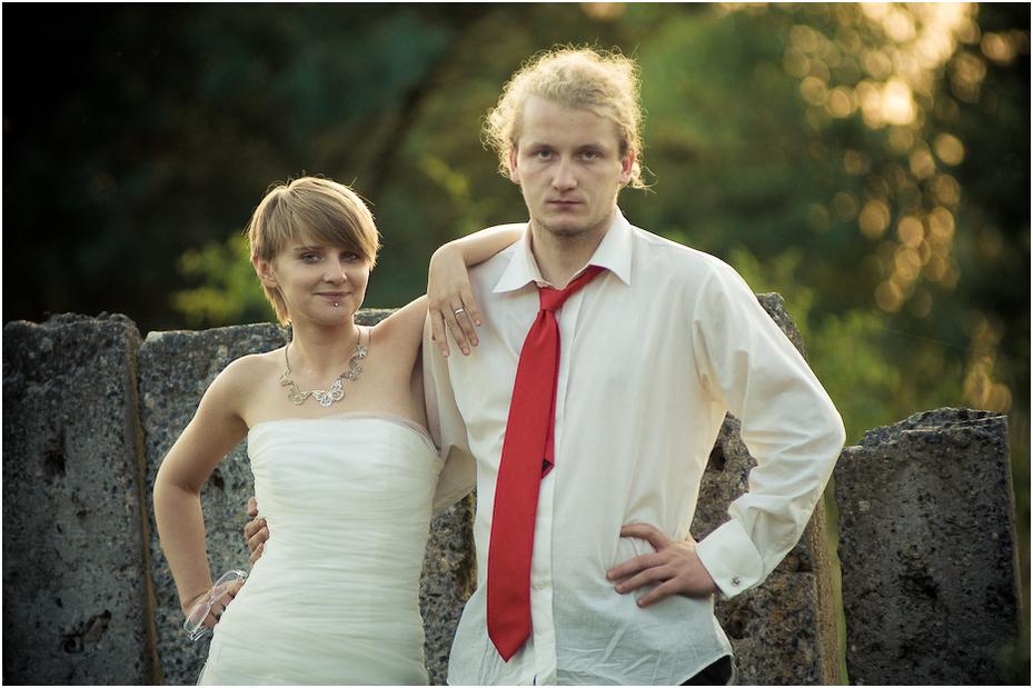 Plener Ewa Łukasz Nikon D300 Zoom-Nikkor 80-200mm f/2.8D Ślubne fotografia wyraz twarzy panna młoda ślub ceremonia piękno uśmiech odzież dla nowożeńców Pan młody zabawa