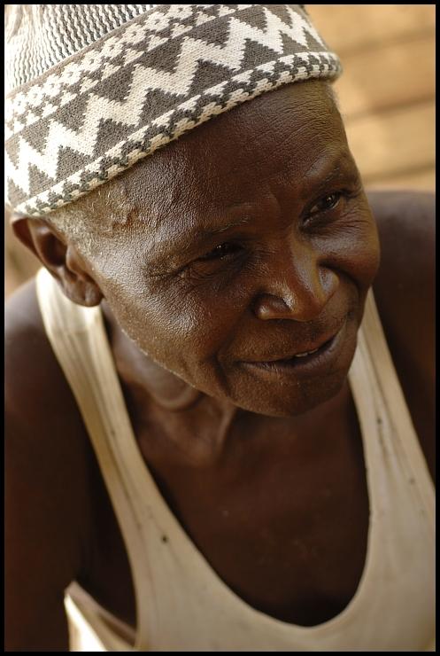 Szef wioski Ludzie Nikon D70 Micro-Nikkor 60mm f/2.8D Senegal 0 ścieśniać człowiek świątynia zmarszczka
