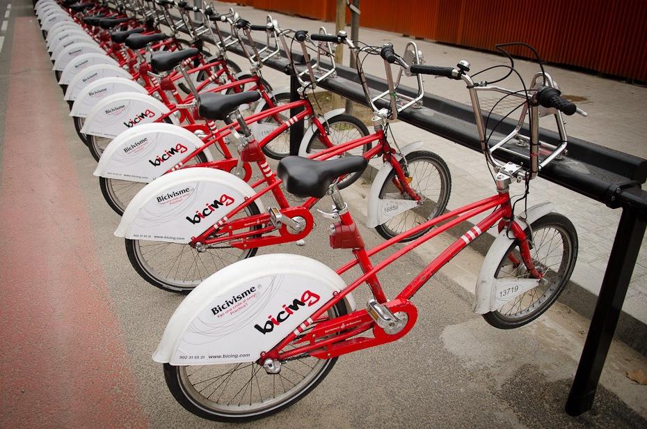 Barcelona Maraton przez Europę Nikon D7000 AF-S Zoom-Nikkor 17-55mm f/2.8G IF-ED Budapeszt Bamako 0 rower pojazd lądowy rower drogowy koło od roweru rama rowerowa akcesoria rowerowe siodełko rowerowe pojazd rower bmx rower hybrydowy