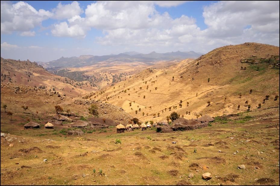 Góry Bale Krajobraz Nikon D300 Sigma 10-20mm f/4-5.6 HSM Etiopia 0 niebo ekosystem górzyste formy terenu pustynia Góra wzgórze krzewy średniogórze Chmura łąka