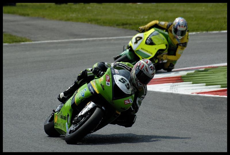 #55 Monza Superbike monza superbike corona extra shark Nikon D70 Sigma APO 70-300mm f/4-5.6 Macro Sport Grand Prix wyścigi motocyklowe wyścigi tor wyścigowy wyścigi drogowe wyścig motocyklowy miejsce sportowe Wyścigi superbike motocykli kask Sporty motorowe