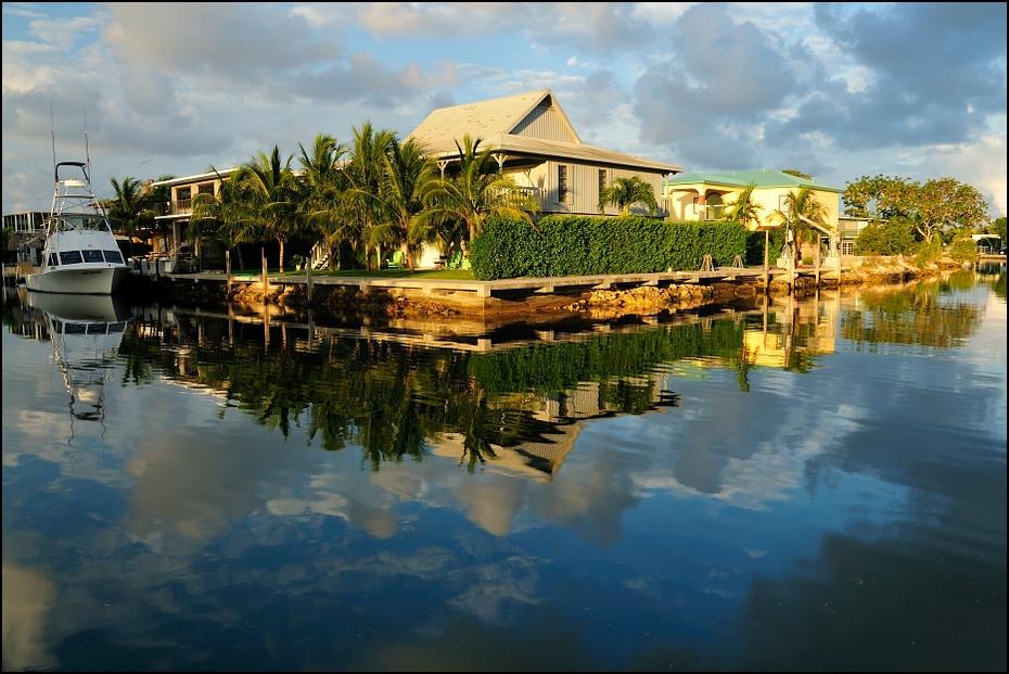 Floryda rankiem Inne Nikon D300 AF-S Zoom-Nikkor 18-70mm f/3.5-4.5G IF-ED USA, 0 odbicie arteria wodna woda zbiornik wodny niebo kanał rzeka zalewisko drzewo Bank
