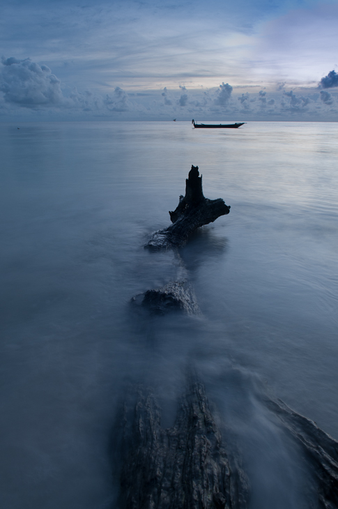 Wschód słońca Krajobraz Nikon D300 AF-S Nikkor 70-200mm f/2.8G Zanzibar 0 woda morze niebo spokojna ocean Chmura formy przybrzeżne i oceaniczne horyzont odbicie jezioro