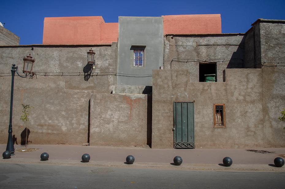 Zabudowania Marrakesz Nikon D7000 AF-S Zoom-Nikkor 17-55mm f/2.8G IF-ED Maroko 0 Ściana niebo architektura miasto okno budynek fasada sąsiedztwo dom fortyfikacja