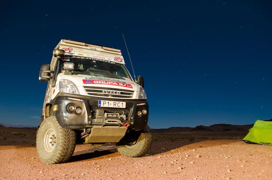 Team 109: Iveco Maroko Nikon D7000 AF-S Zoom-Nikkor 17-55mm f/2.8G IF-ED Budapeszt Bamako 0 samochód poza trasami pojazd off wyścigi drogowe pojazd silnikowy transport rodzaj transportu rajd samochodowy projektowanie motoryzacyjne Pojazd terenowy