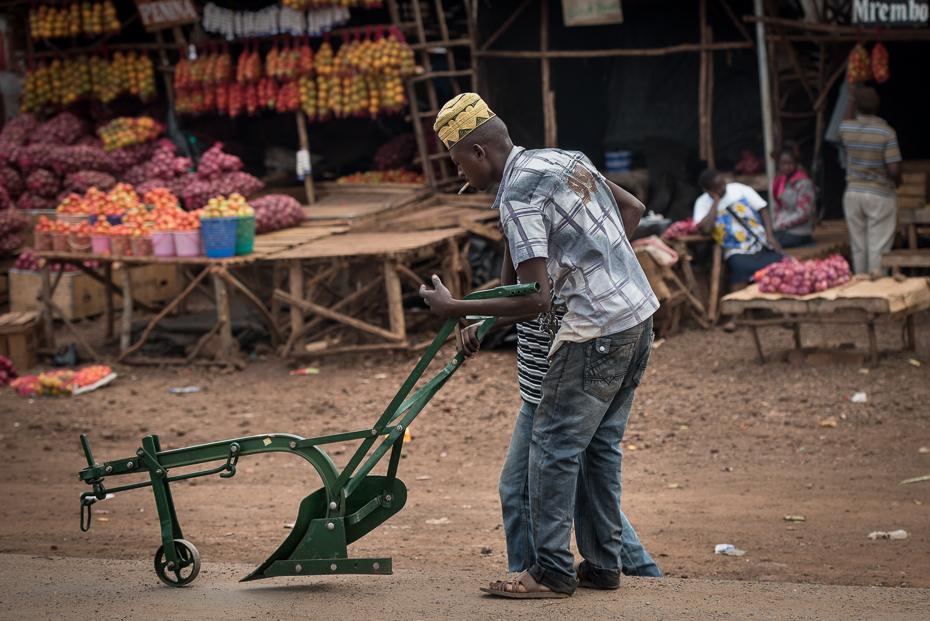 Pług Ulice nikon d750 Nikon AF-S Nikkor 70-200mm f/2.8G Kenia 0 miejsce publiczne pojazd ulica rekreacja sprzedawca