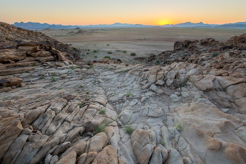 Rostock Desert Campsite Krajobraz Nikon D7100 Sigma 10-20mm f/3.5 HSM Namibia 0 Badlands skała pustynia niebo geologia tworzenie podłoże skalne wyschnięte koryto rzeki krajobraz krzewy
