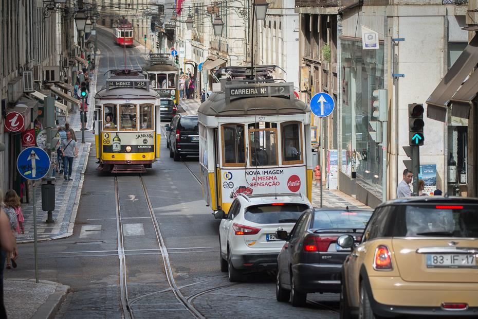Lisboa Lizbona Nikon D7200 Nikkor AF-S 70-200 f/4.0G Portugalia 0 transport samochód obszar Metropolitalny pojazd obszar miejski pojazd silnikowy rodzaj transportu Miasto tramwajowy ulica
