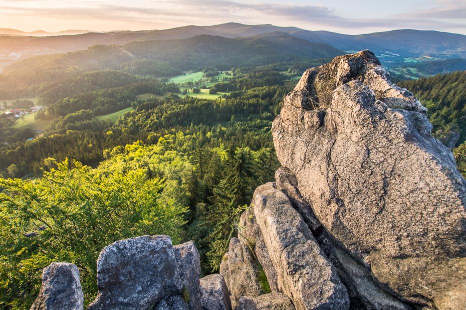 Widok Sokolika 0 Sokolik Nikon D7200 Sigma 10-20mm f/3.5 HSM skała Góra górzyste formy terenu pustynia grzbiet niebo drzewo roślina drzewiasta Park Narodowy Klif