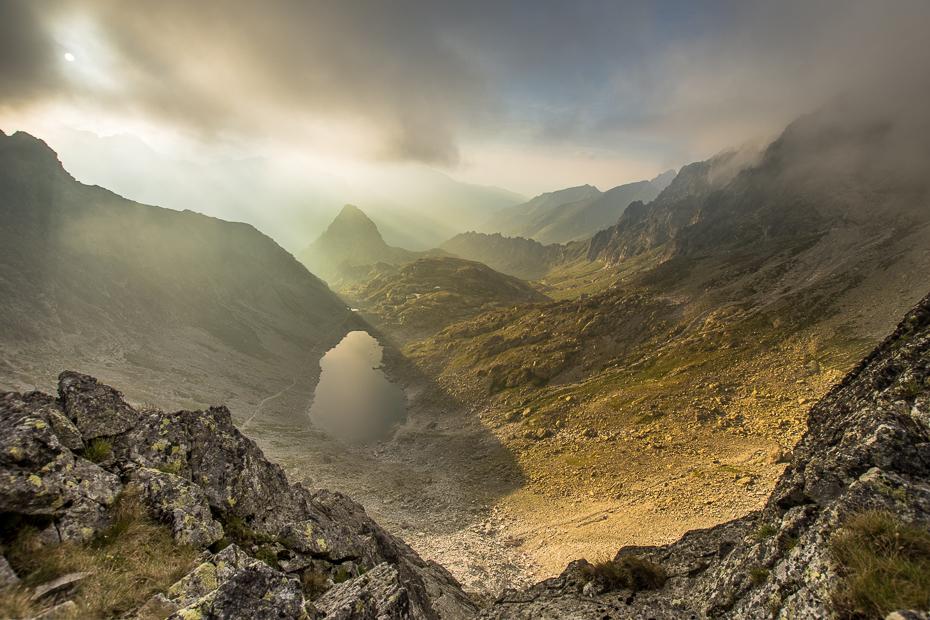 Tatry Nikon D7200 Sigma 10-20mm f/3.5 HSM średniogórze górzyste formy terenu Góra niebo pustynia Chmura spadł skała grzbiet Tarn