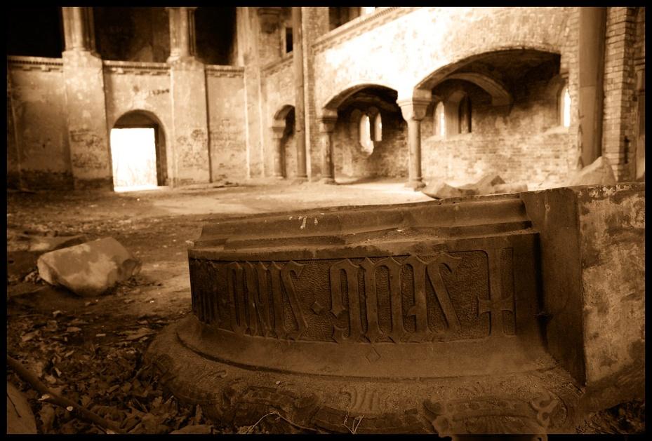 Kościół ewangelicki Architektura Nikon D200 AF-S Zoom-Nikkor 18-70mm f/3.5-4.5G IF-ED łuk historia Historia starożytna gruzy Strona archeologiczna krypta ciemność