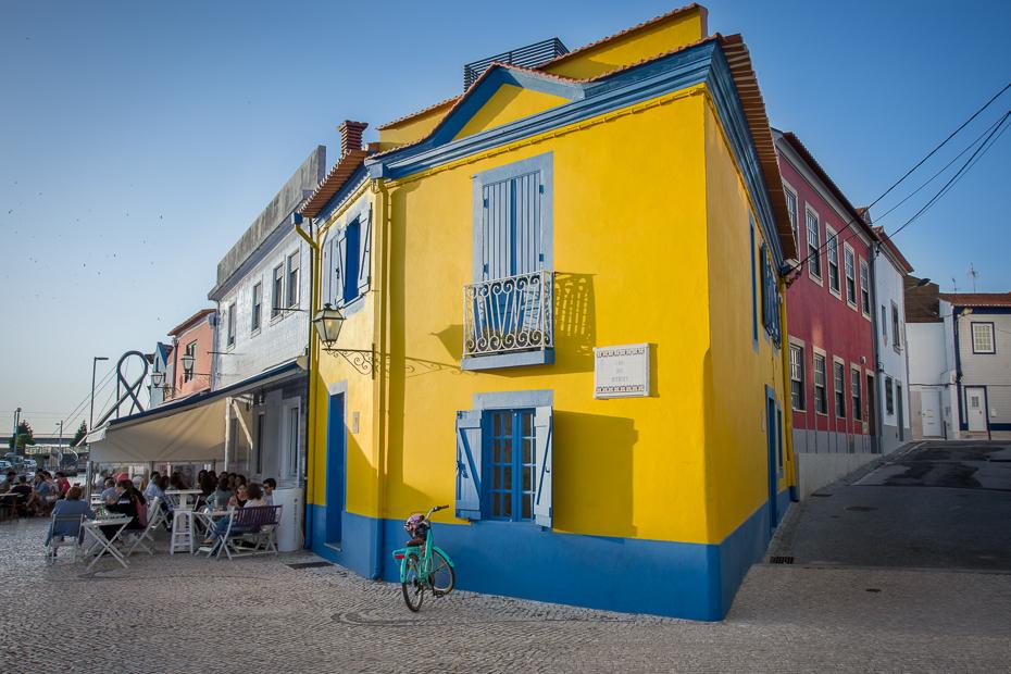 Ulice Aveiro Nikon D7200 Sigma 10-20mm f/3.5 HSM Portugalia 0 niebieski żółty sąsiedztwo miasto niebo dom architektura obszar miejski Ściana budynek